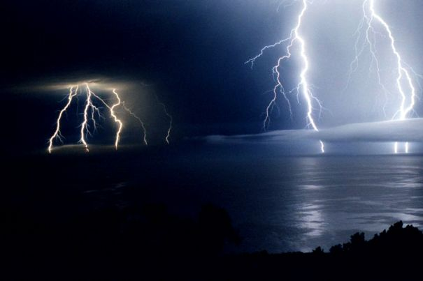 Big Sur Lightning 9/9/99 Photo by Stan Russell